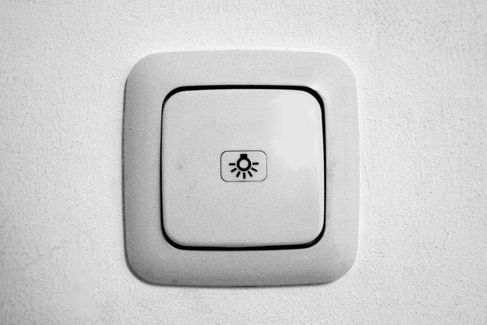 How to Trick a Motion Sensor to Stay On or Off?