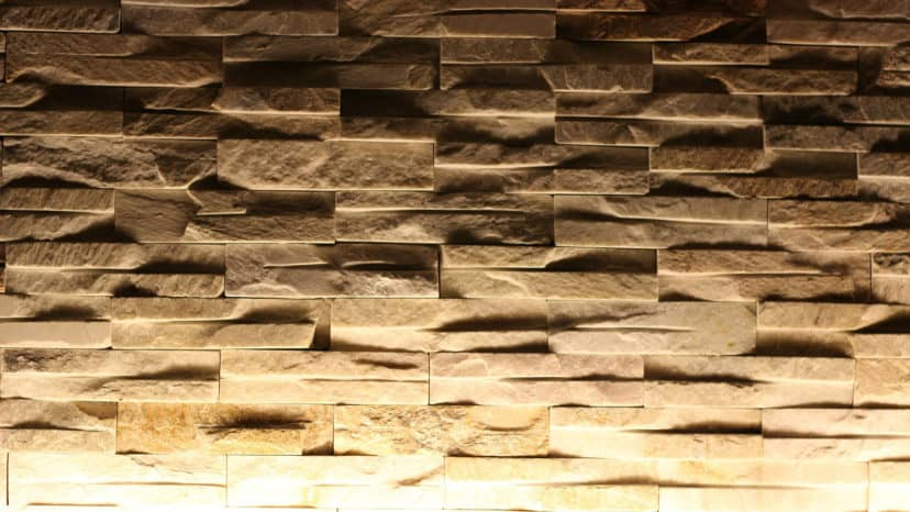 Indirect lighting of a relief wall